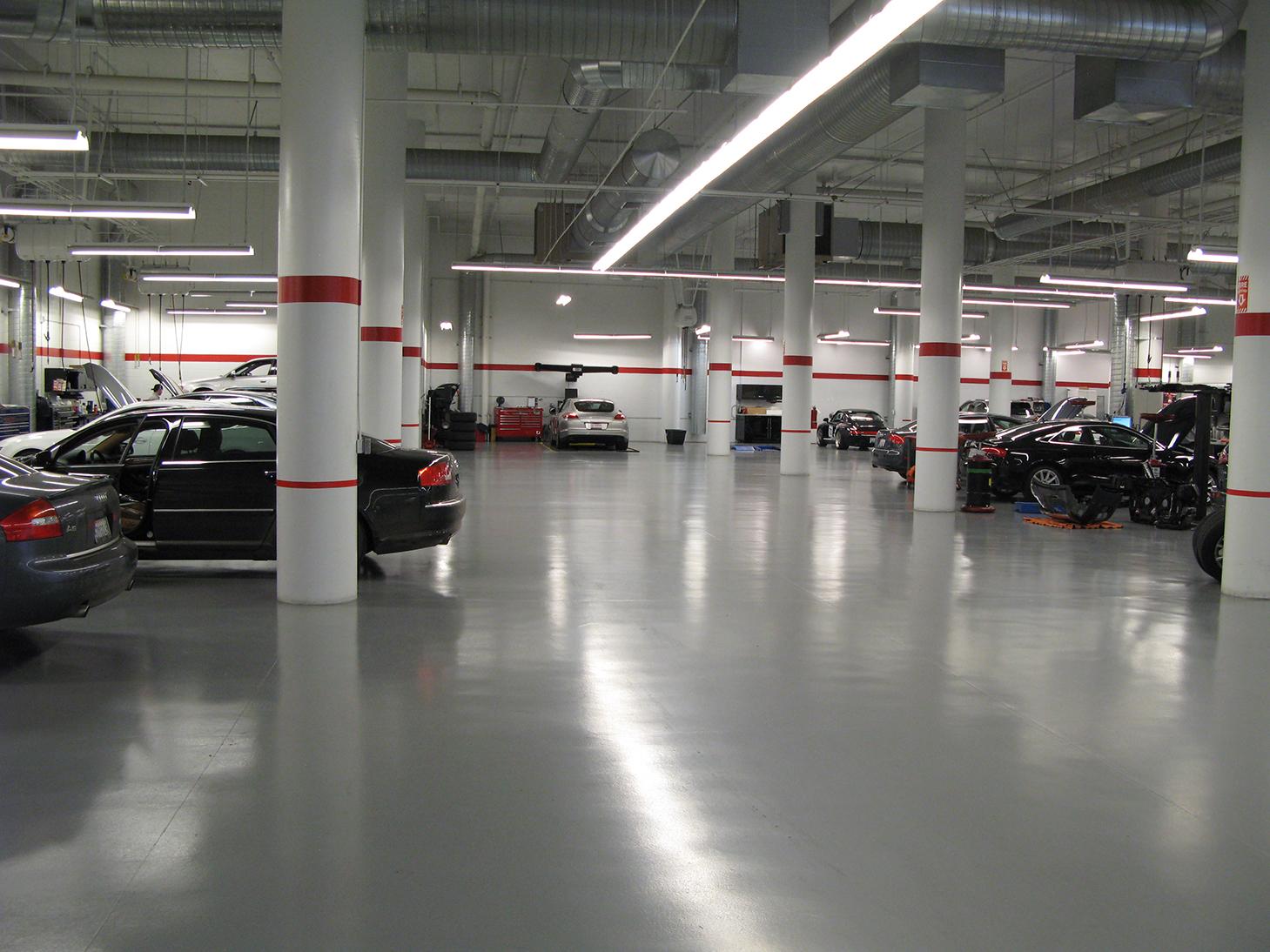 R.L. Davidson Architects | Walter's Porsche/Audi